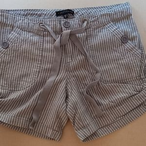 Sanctuary linen blend shorts size 29